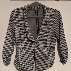 Wet Seal houndstooth blazer